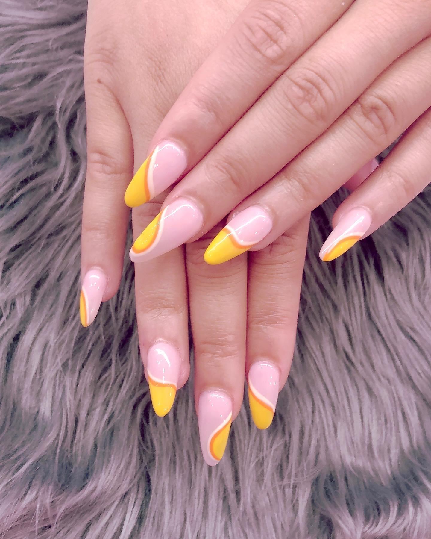 Handed nail art .